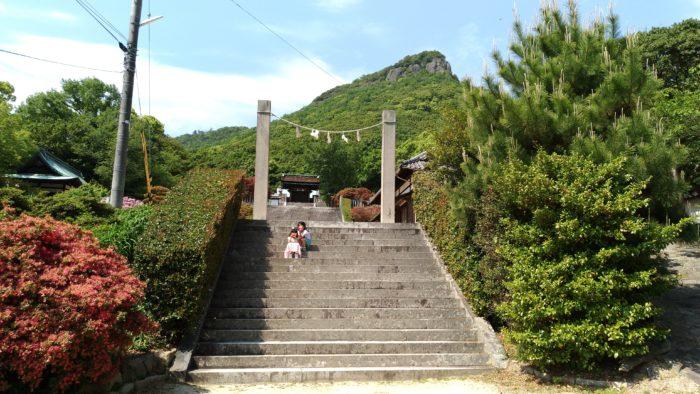 屋島神社で参拝