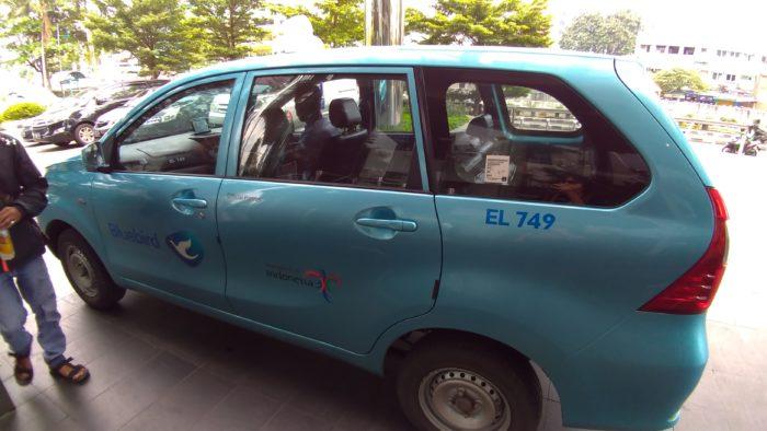 ジャカルタおすすめ現地タクシー